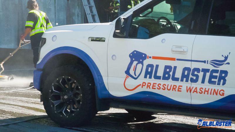 Alblaster Pressure washing truck